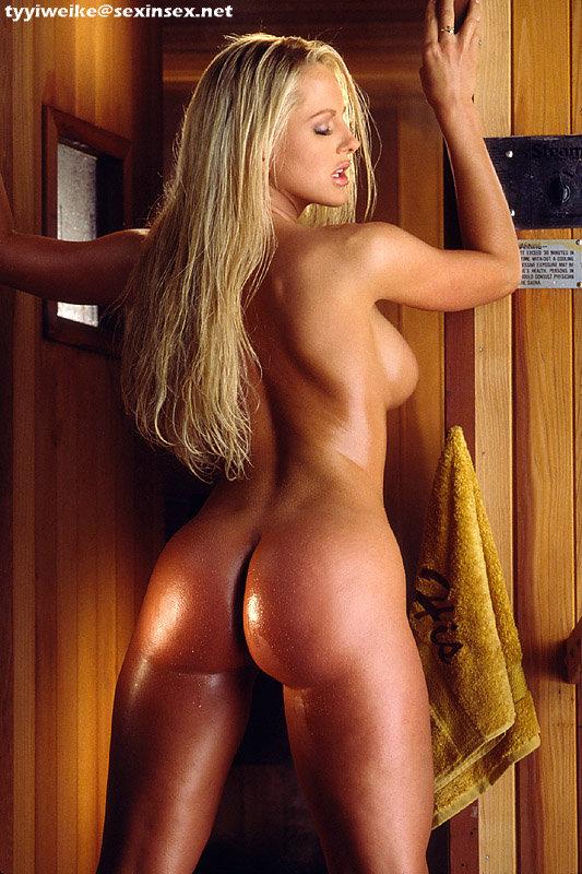 шикарные голые дамы фото